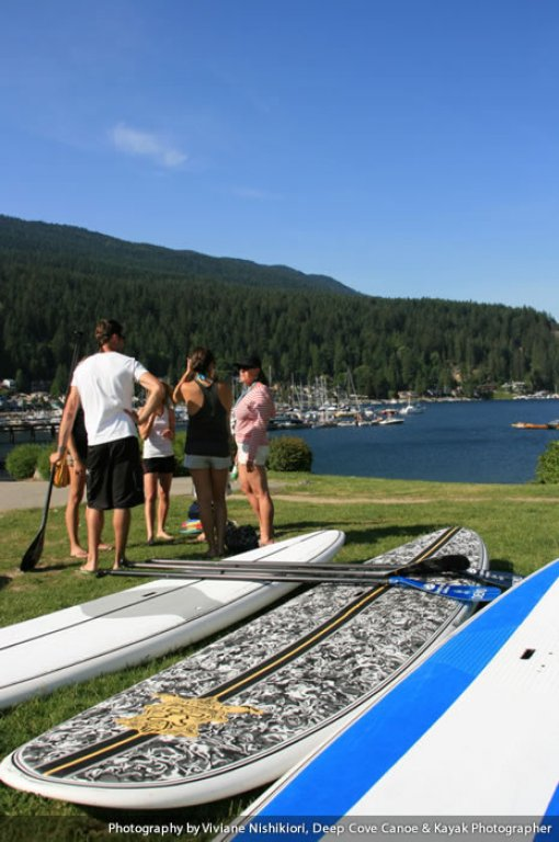 deep-cove-stand-up-paddleboarding-03
