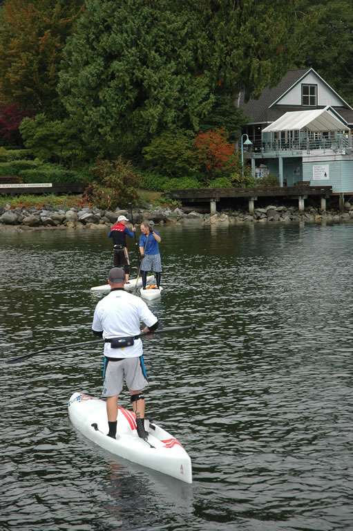 stand-up-paddleboard-race