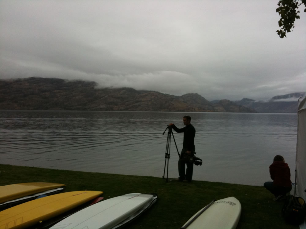 salmon-run-stand-up-paddleboard-race-peachland-01